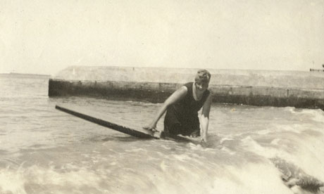 Agatha-Christie-surf