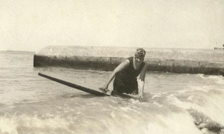 Agatha-Christie-surf